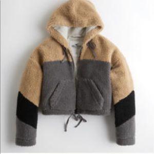 HOLLISTER Crop Sherpa Jacket
